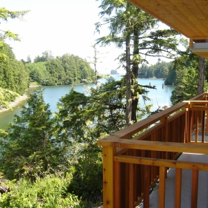 Waterfront cottage for sale Ucluelet